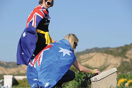 australians-at-anzac-memorial